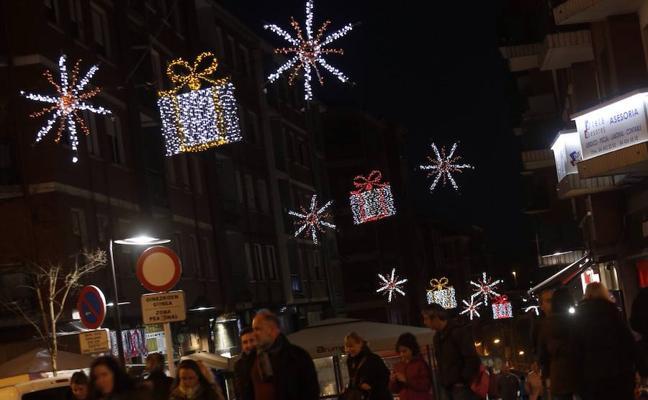 Basauri adelanta a mañana el encendido de las luces de Navidad