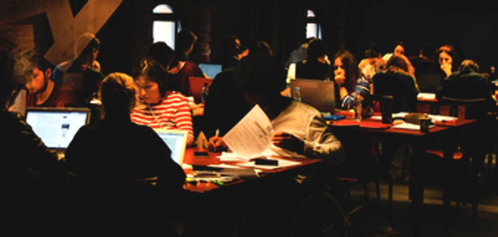 ¿Estudiar por la noche? Bilbao abrirá un aula hasta la madrugada en Azkuna Zentroa