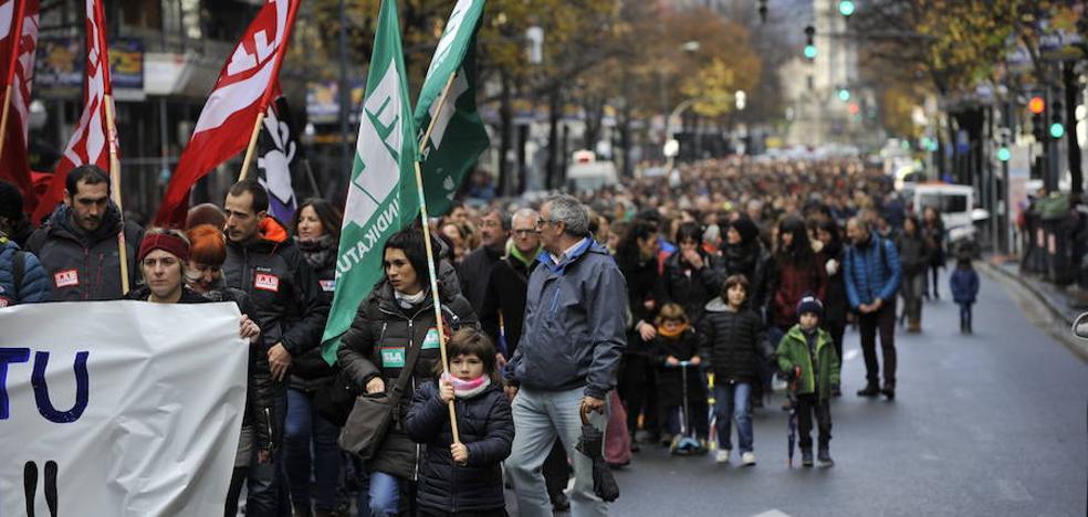 La huelga de profesores logra un respaldo «masivo» según los sindicatos y cercano al 50% para el Gobierno vasco