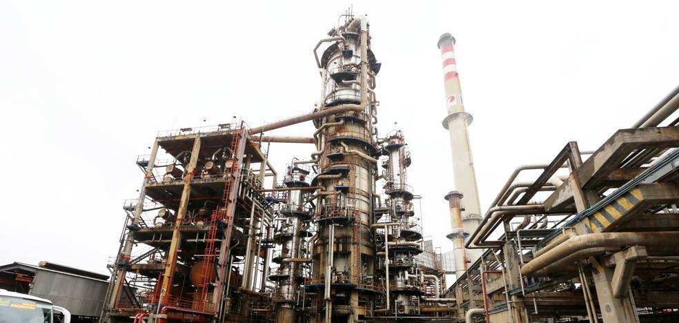 Piden revisar la autorización ambiental de Petronor y reforzar las inspecciones