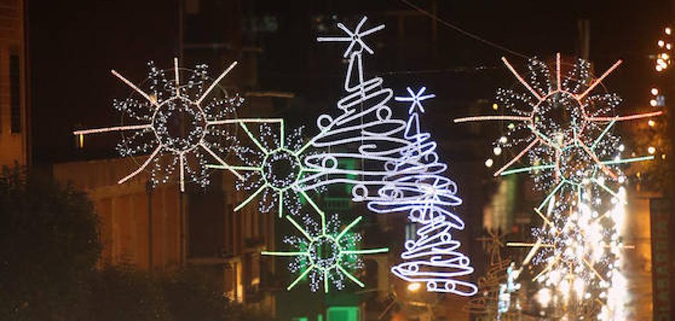 La Navidad reluce en las calles de Basauri