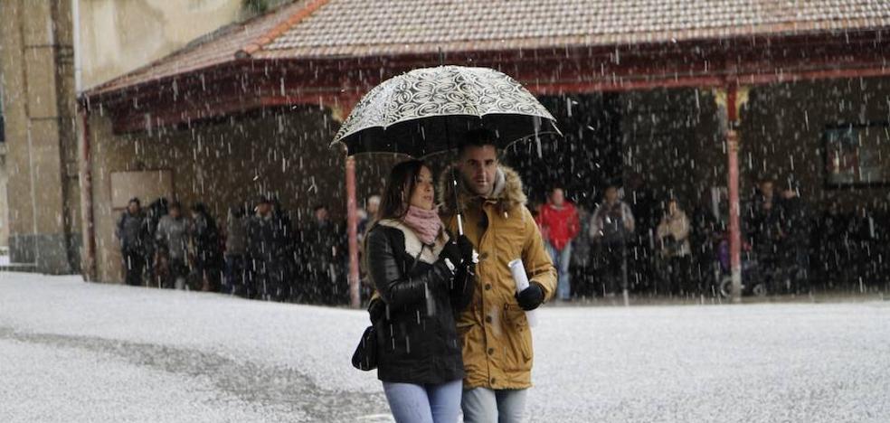La Diputación suspende durante la mañana el deporte escolar por el temporal