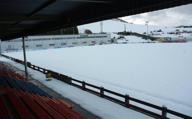 La nieve obliga a suspender el partido del Aurrera