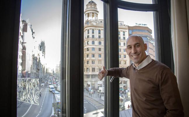 Luis Rubiales: «No puede ser que los árbitros sólo se reúnan tres o cuatro veces al año»