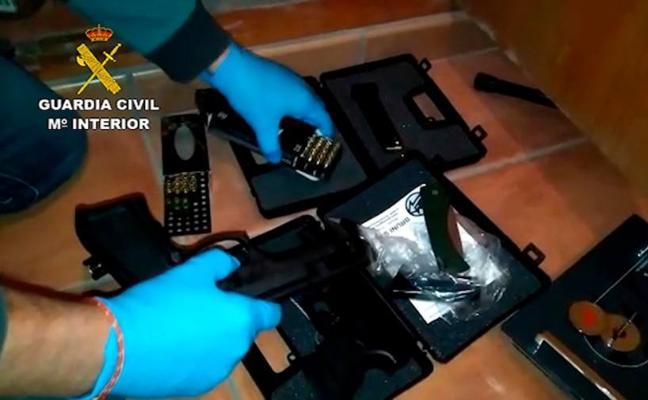 25 detenidos en una operación contra el tráfico de armas en numerosas provincias, entre ellas Bizkaia, Álava y Gipuzkoa