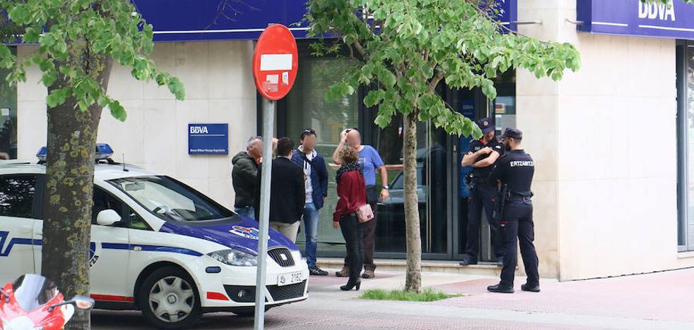 Detienen en Zaragoza al atracador que se llevó 30.000 euros del BBVA de Abendaño