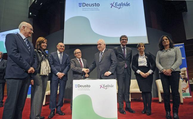 Deusto y Egibide lanzan en Vitoria el primer grado dual en Industria Digital de España
