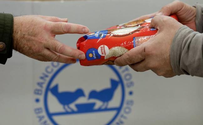 La recogida del Banco de Alimentos baja un 3% por el mal tiempo