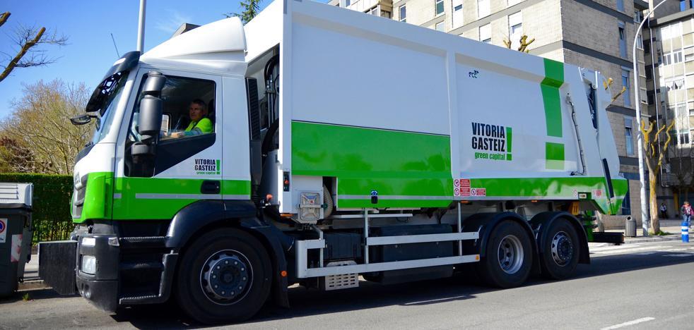 Un Juzgado estudia supuestos sobreprecios en la compra de dos camiones en Vitoria