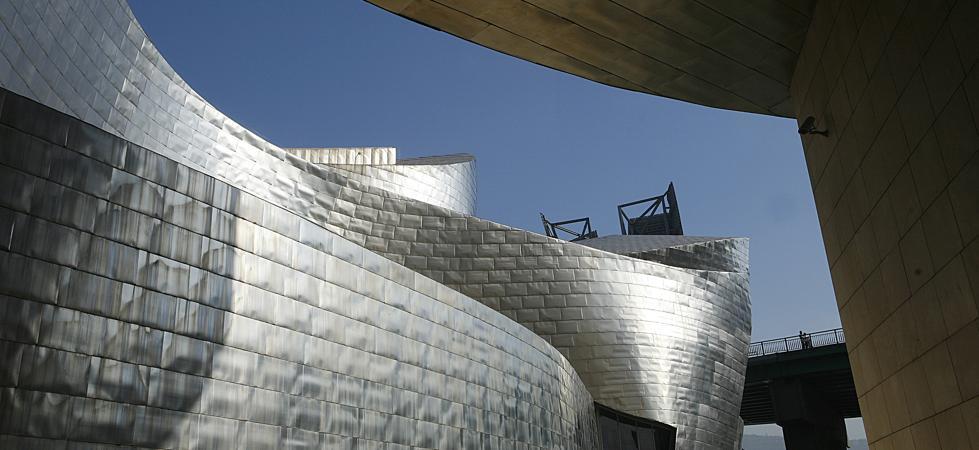 El Ayuntamiento elige los 'ilustres de Bilbao 2017' y nombra 'Embajador de la Villa' al Guggenheim