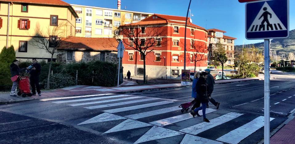 Muskiz analiza sus pasos de peatones para reforzar la seguridad y accesibilidad