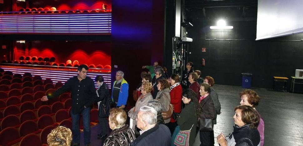246 mirandeses forman parte ya del club de Amigos del Teatro Apolo