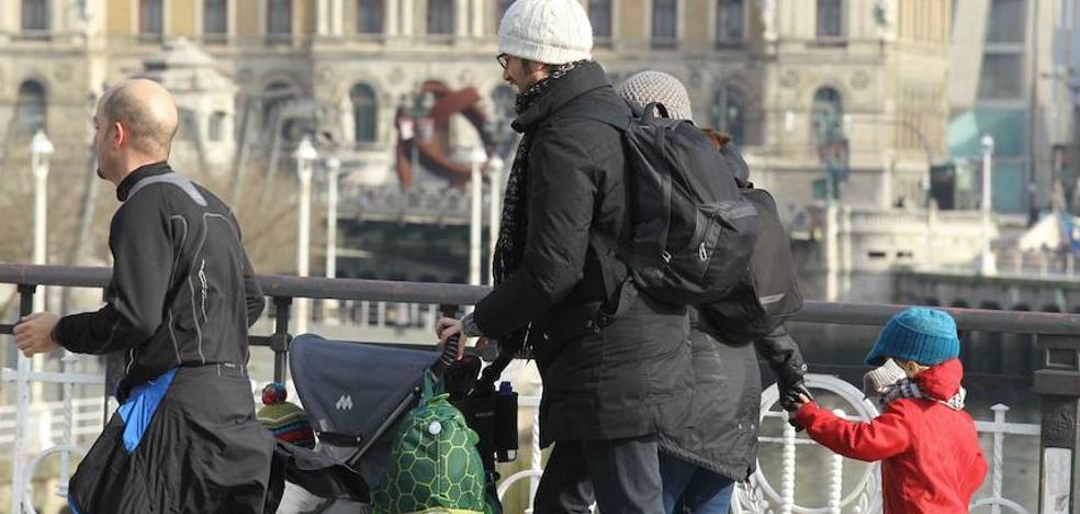 Bizkaia se sumerge en el puente con temperaturas bajo cero