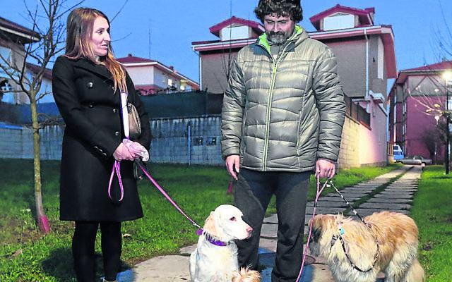 «Queremos zonas para perros sueltos en Sopela»