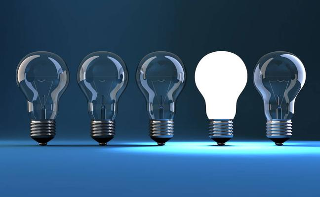 La tarifa eléctrica regulada pierde la batalla de los precios