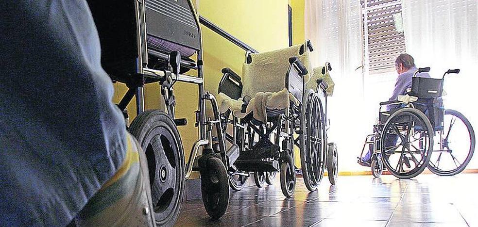 Una residencia foral de Vitoria sólo tiene una enfermera para atender a 150 personas