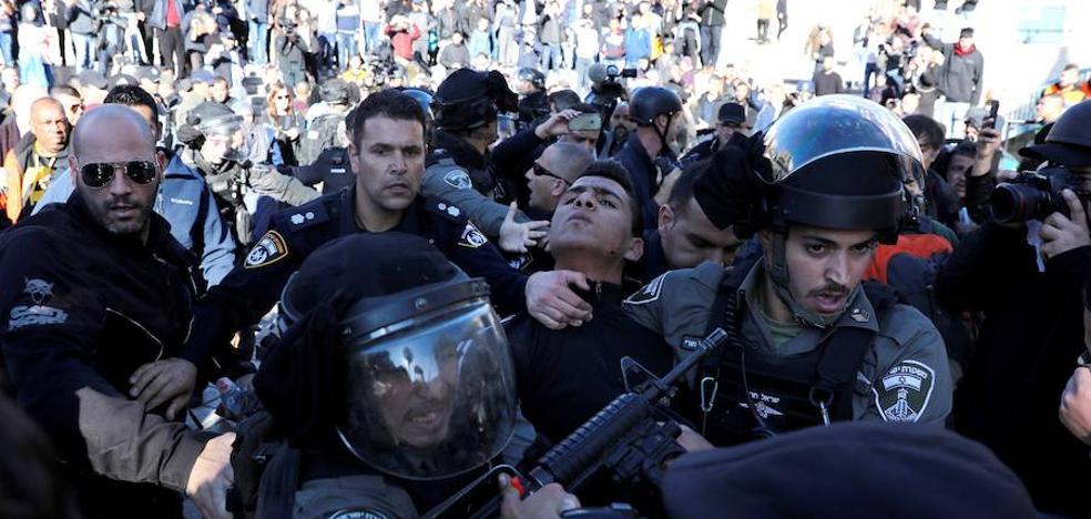 Dos palestinos muertos por disparos en los enfrentamientos de protesta en el Día de la Ira