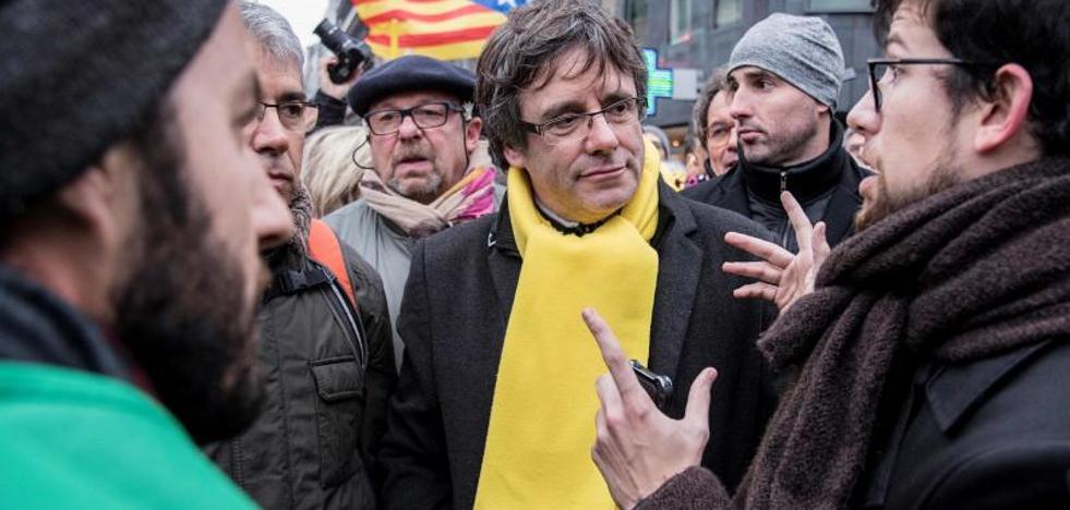Puigdemont asegura que «sólo hay un plan» y es «seguir siendo presidente»
