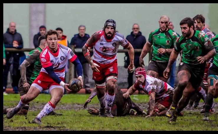 Rugby bajo la lluvia en Gernika