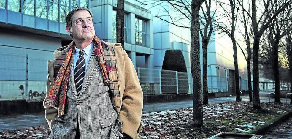 José Luis Catón: «Construir Salburua y Zabalgana con el modelo de Lakua es un fracaso de ciudad»