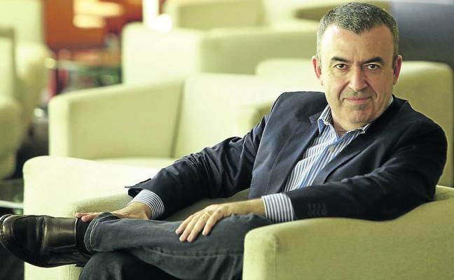 Lorenzo Silva: «El de ETA es un caso de verdadera aniquilación policial»