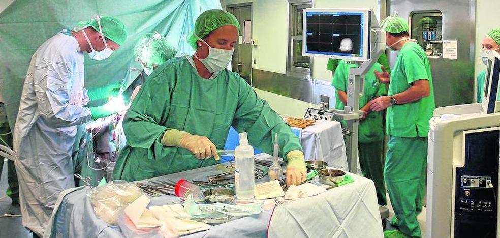 Neurocirujanos y radiólogos de Álava colaboran para reducir secuelas en operaciones de cerebro