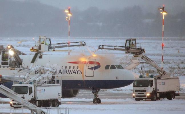 Balance del temporal: 33 vuelos cancelados o desviados en Loiu y miles de vascos afectados
