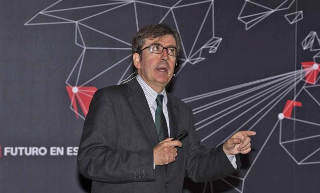 Juan Carlos Jiménez: «En el mundo anglosajón, el inglés es en algún sentido menos importante que el español para el hispano»