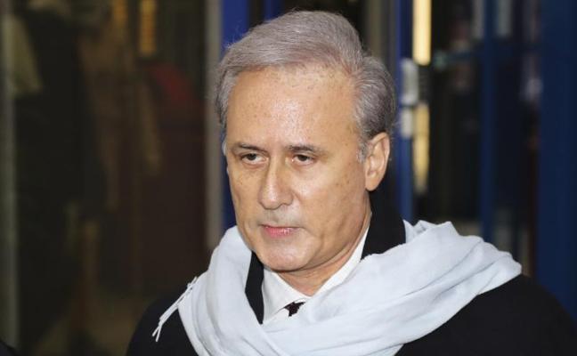 Juzgan en Francia a un exministro acusado de violaciones