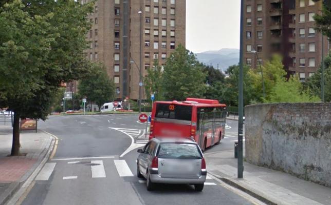 Atropellan a una niña de 7 años en un paso de cebra en Bilbao
