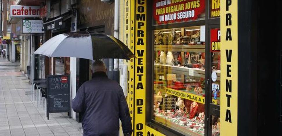 Atraca una joyería en Asturias, deja sus datos personales y es detenido en casa