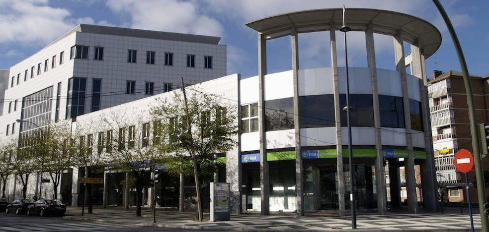 Lanbide reubica sus servicios en Vitoria con tres nuevas oficinas