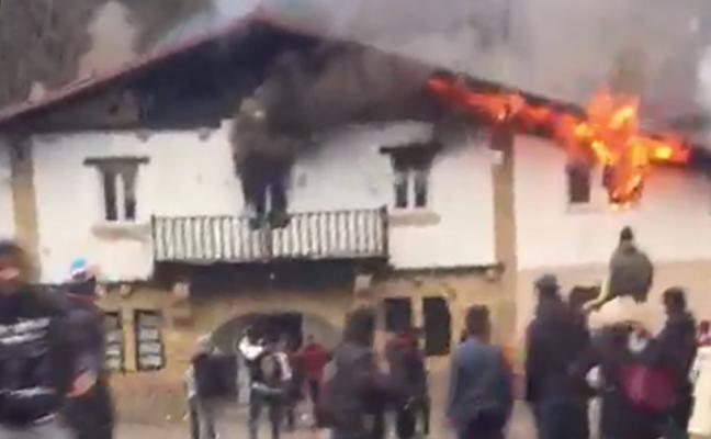 Detenido un menor como presunto autor del incendio del centro de Amorebieta