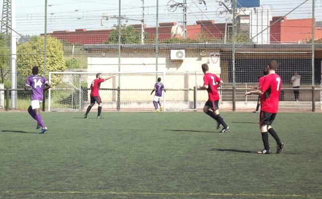 Dos futbolistas heridos en una pelea en un partido de la 3ª Regional vizcaína