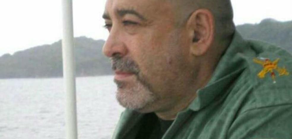 Muere un hombre tras recibir una paliza por llevar tirantes con la bandera de España