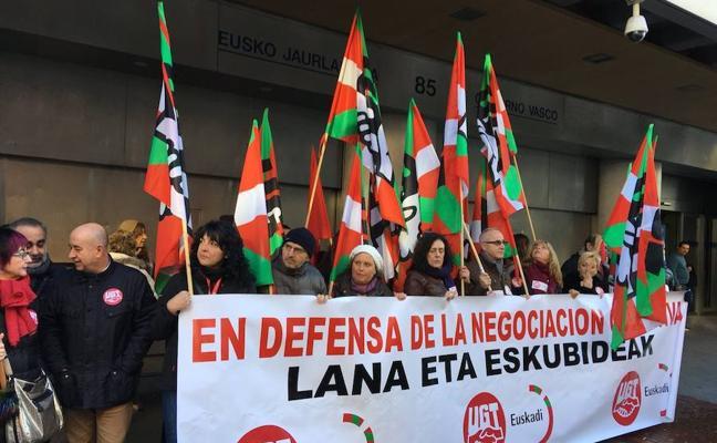 Los sindicatos destacan el «amplísimo» respaldo de la huelga en la enseñanza pública vasca