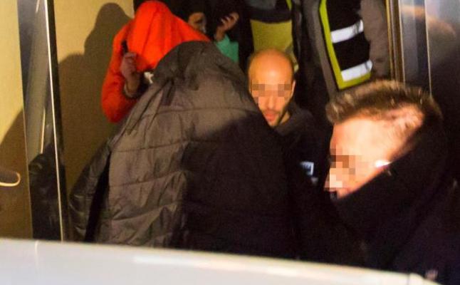 La madre de la menor denunció a los 3 futbolistas de la Arandina tras conocer los hechos