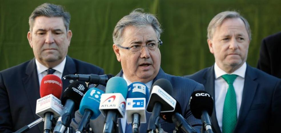 Zoido solivianta al PNV al citar el 155 en un debate sobre transferencias a Euskadi