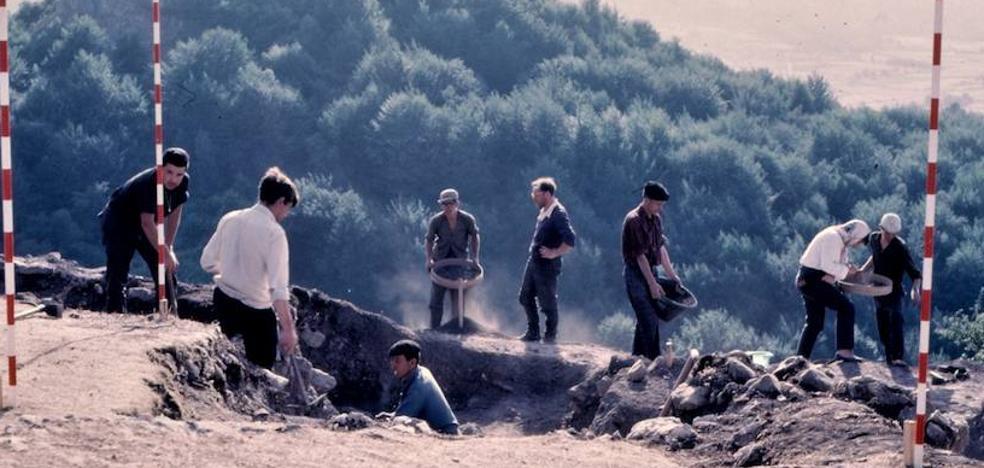 Un documental y una mesa redonda cierran los actos por el 60 aniversario del Instituto Alavés de Arqueología