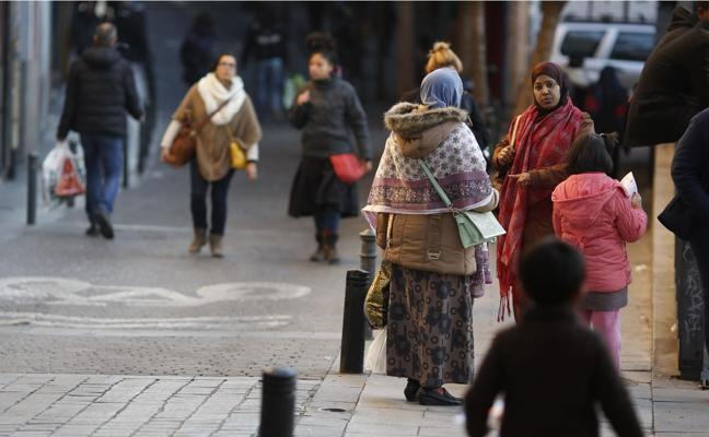 La llegada de inmigrantes a España vuelve a cifras previas a la crisis