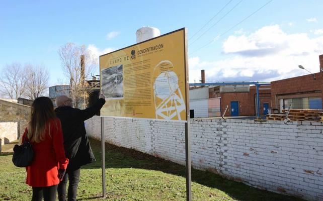 El centro cívico incluirá una reproducción del campo de concentración