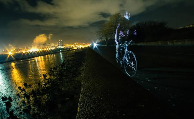 «Salir con la bici de noche es jugarte la vida»