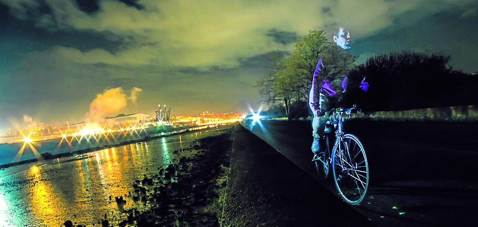 «Salir en bicicleta de noche es jugarte la vida»