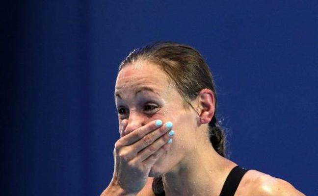 Jessica Vall vuela para ganar el oro en los 200 braza
