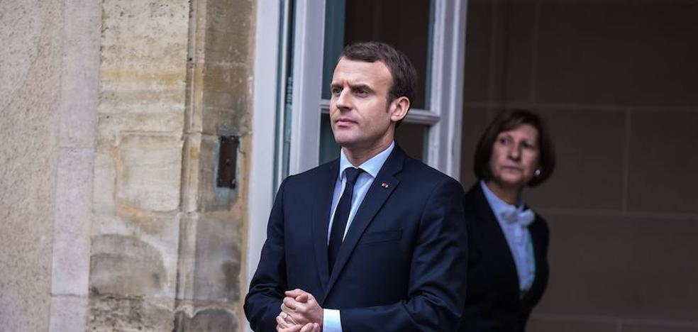 Macron prepara una cena íntima