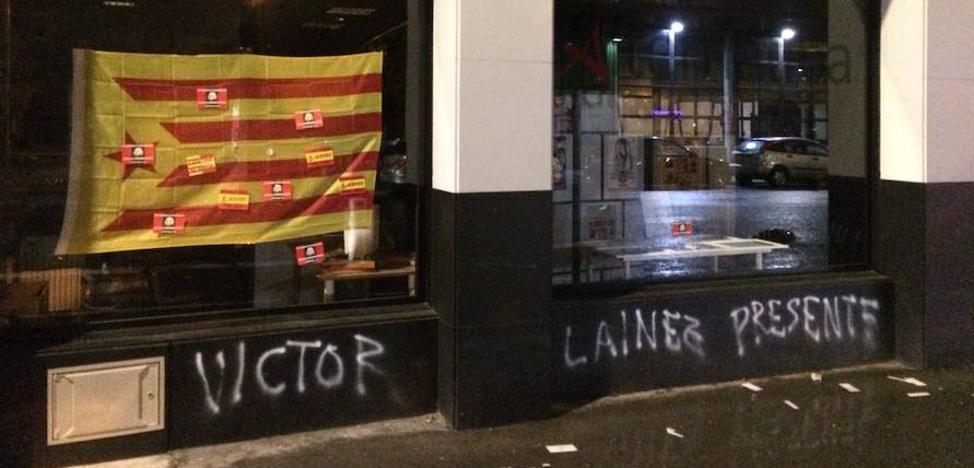 Atacan la sede de Alternatiba en Vitoria con pintadas falangistas