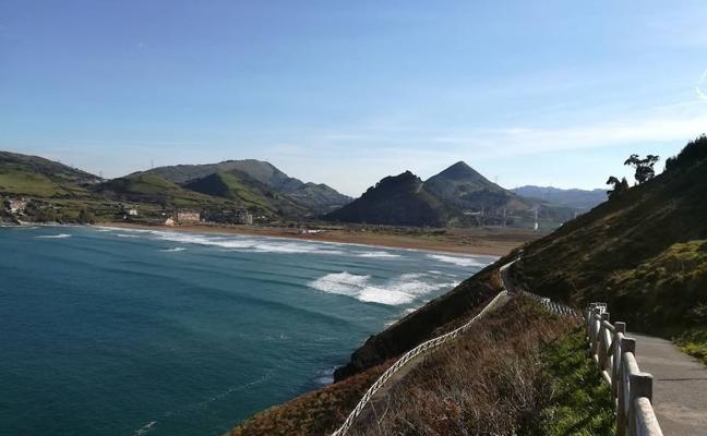 Pobeña: Itsaslur, una ruta por todo lo alto