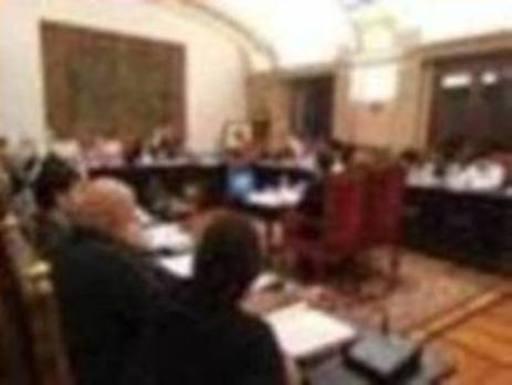 La alcaldesa de Durango tira de su voto de calidad para sacar adelante los presupuestos