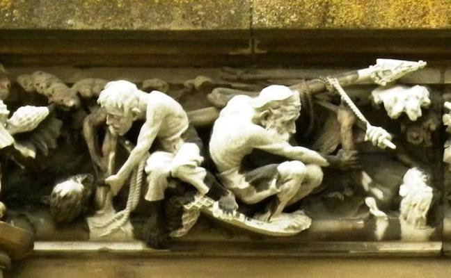 Una galerna en la catedral nueva de Vitoria