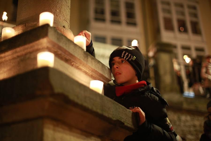 Vitoria celebra la noche de las velas